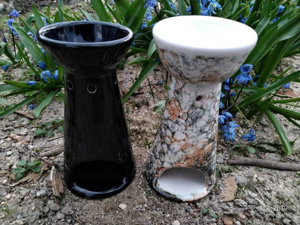 keramická aromalampa vhodná navonné oleje