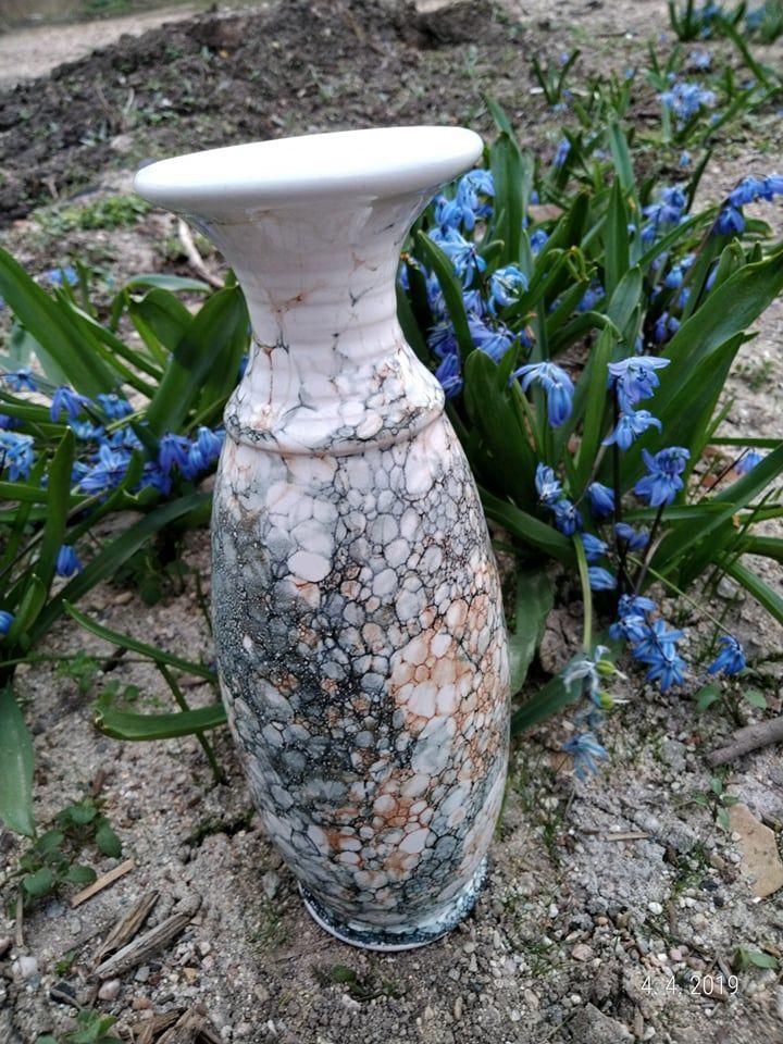 keramická váza je vhodná nařezané svíčky