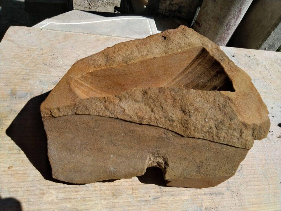 Bonsai miska zvyhnánovského přírodního pískovce.